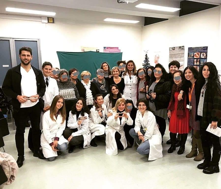 2019.12.18. Festa di Natale con i pazienti dell_ambulatorio il corpo ritrovato.