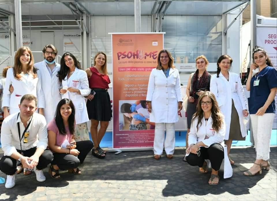 2020.7.11. Il team Dermafed in campo per le visite gratuite nelle piazze della città per i pazienti con psoriasi.